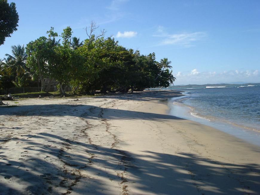 la plage à Mahambo