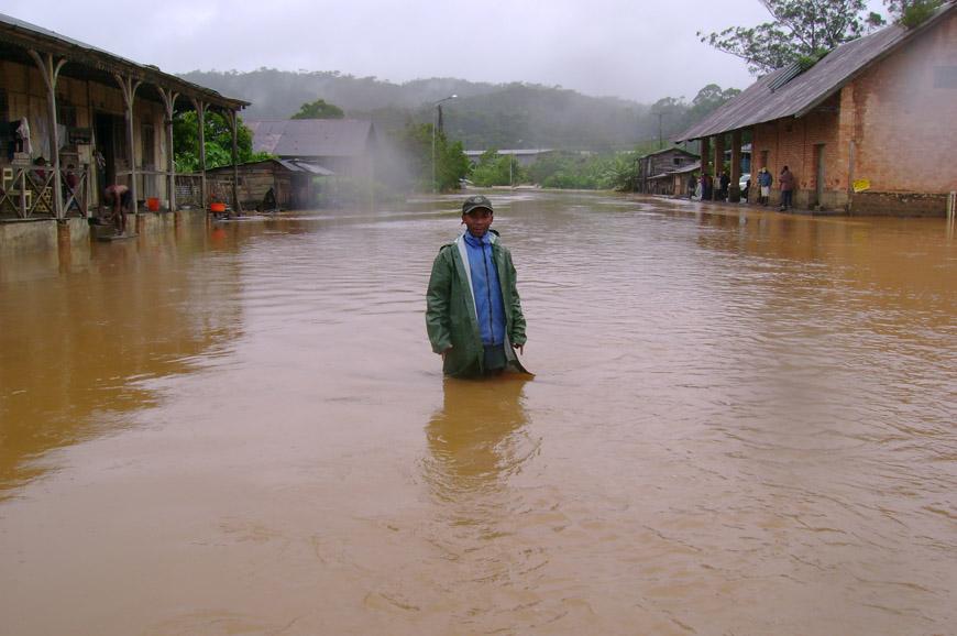 Christin dans les inondations