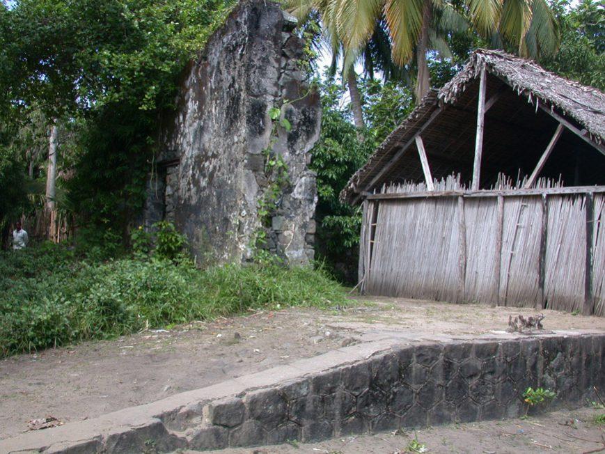 Le quai de l'ancienne gare