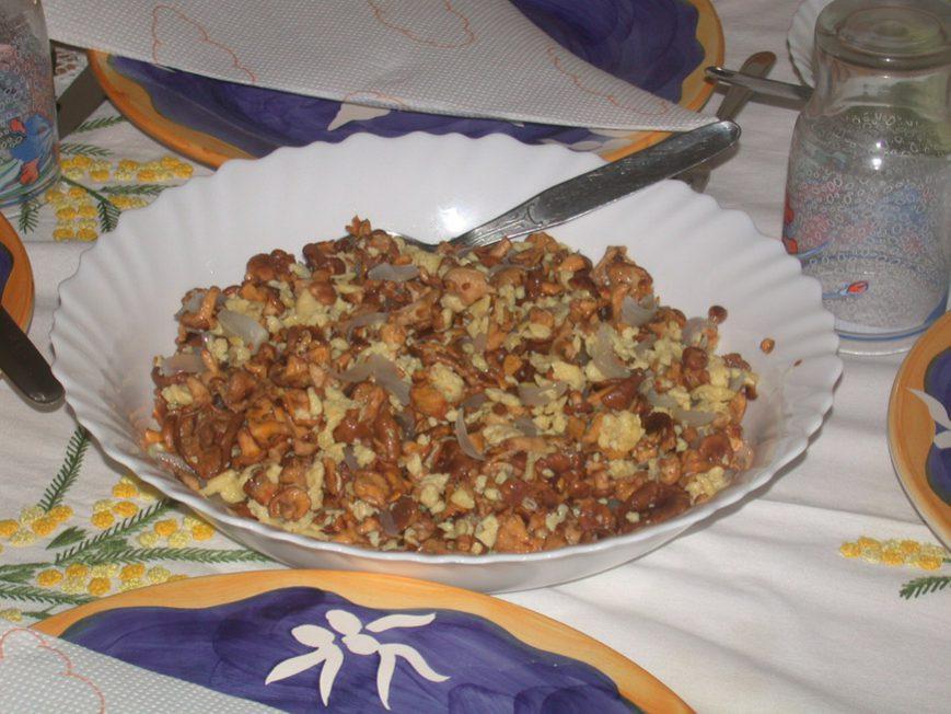 Un plat de girolles à la malgache