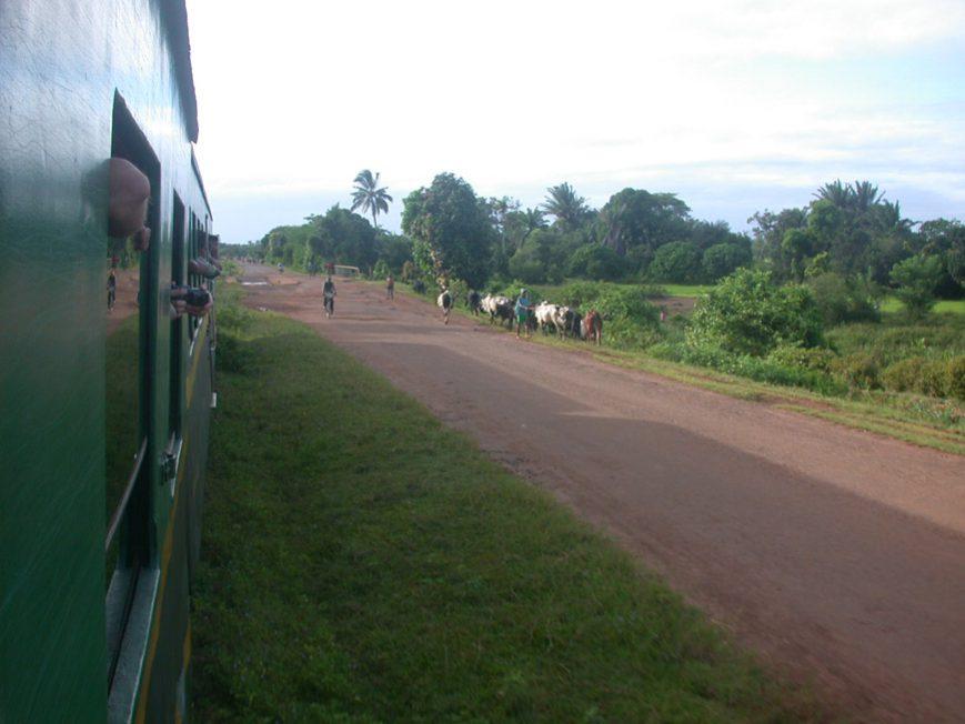 Départ de Manakara en longeant la route