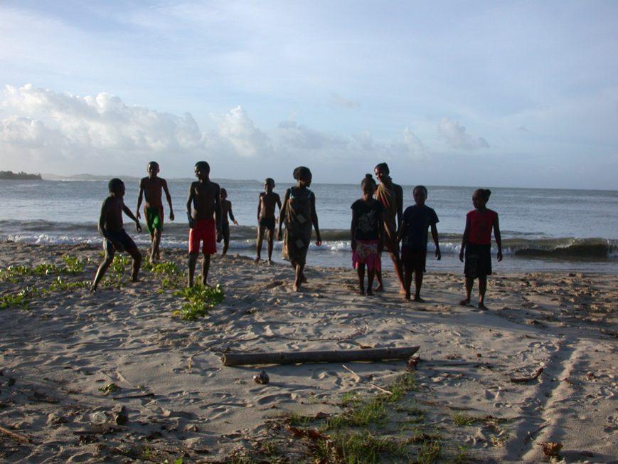 jeunes sur la plage