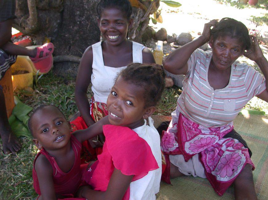 groupe de femmes à Ambatomalama