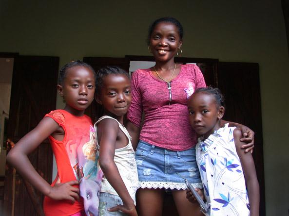 Veny et 3 enfants
